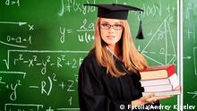 Student Tafel studieren Symbolbild