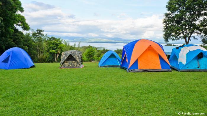 Zeltplatz Zelt Camping Symbolbild