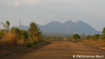 Estrada que liga Mandimba a Lichinga, dois dos distritos afetados pelo ProSavana