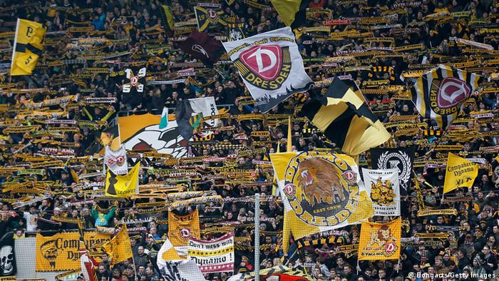 Dynamo-Dresden-Fans im Stadion (Foto: Bongarts/Getty Images)