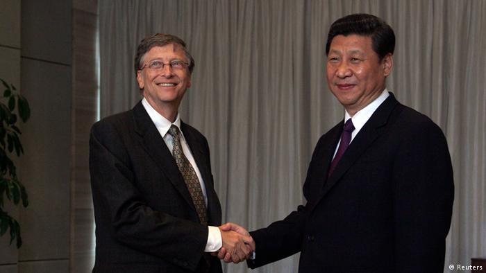 Xi Jinping und Bill Gates beim Boao Forum 08.04.2013 (Reuters)