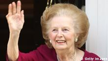 LONDON, ENGLAND - NOVEMBER 01: Former British Prime Minister Margaret Thatcher waves to the press at her home, after leaving Cromwell Hospital on November 1, 2010 in London, England. Baroness Thatcher was admitted to hospital 12 days ago after contracting flu, she missed a party at Downing Street on October 14, 2010 to celebrate her 85th birthday because of her illness. (Photo by Dan Kitwood/Getty Images)