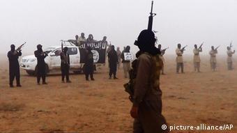 Mitglieder der Al-Nusra-Front in Syrien (Foto: AP)
