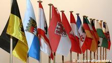 Die Flaggen der 16 Bundesländer