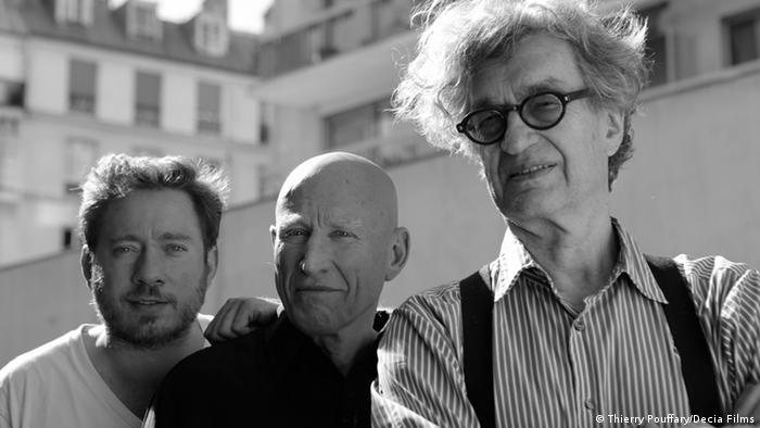 Juliano Salgado, Sebastião Salgado e Wim Wenders: filme concorre em mostra paralela de Cannes