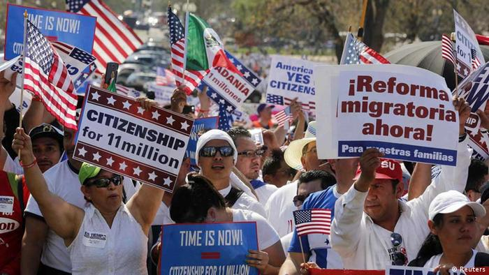 Crowds of immigrants protest in favor of comprehensive immigration reform REUTERS/Larry Downing
