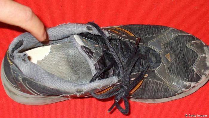 Schuh gegen Wen Jiabao (Getty Images)