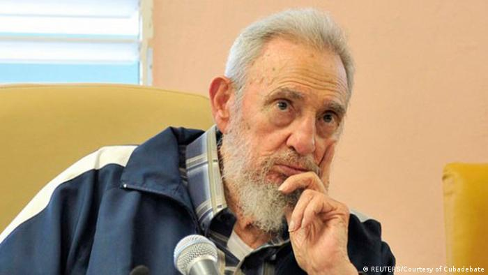 Fidel Castro Besuch Schule 09.04.2013 (REUTERS/Courtesy of Cubadebate)