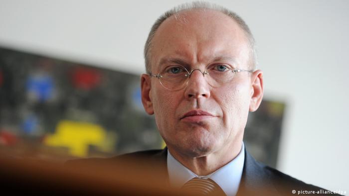 Richter Manfred Götzl, Vorsitzender des Staatsschutzsenat am Oberlandesgericht. Foto: Tobias Hase/dpa