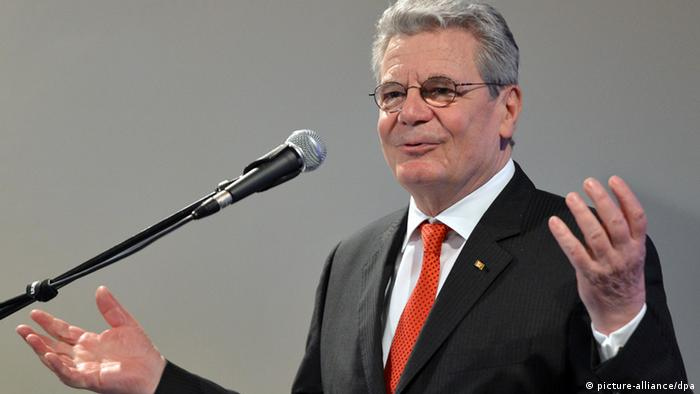 German President Joachim Gauck delivers a speech, 14.04.2013. (Photo: Britta Pedersen/dpa)