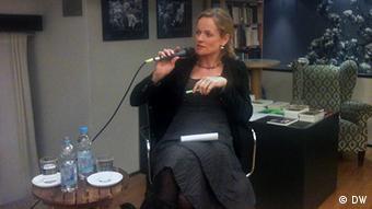 Віола фон Крамон: Янукович каже одне, а робить інше