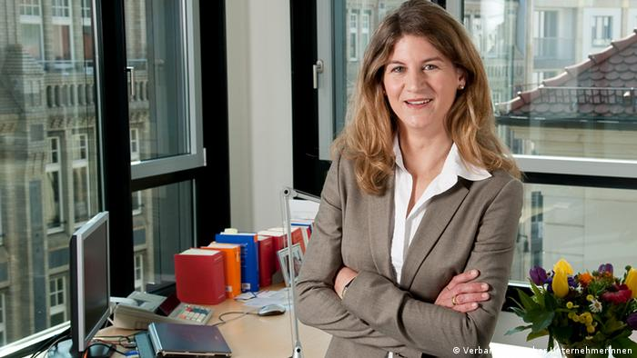 Outgoing VdU President Stephanie Bschorr