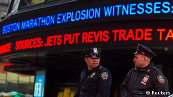 USA Anschlag Boston Marathon Explosion Reaktionen Polizei in New York