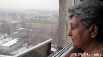 Krystyna Budnicka (81) é uma das raras sobreviventes da revolta