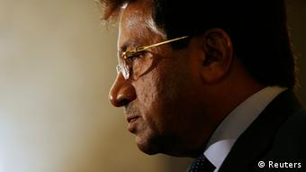 Former Pakistan President Pervez Musharraf meets journalists after attending the CLSA Investors Forum in Hong Kong in this September 15, 2010 file photo (Photo: REUTERS/Bobby Yip)