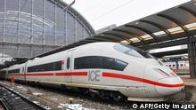 Inter City Express ICE Zug Deutsche Bahn