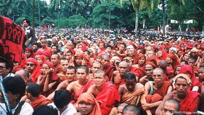 Myanmar Proteste Mönche Archivbild 27.08.1988