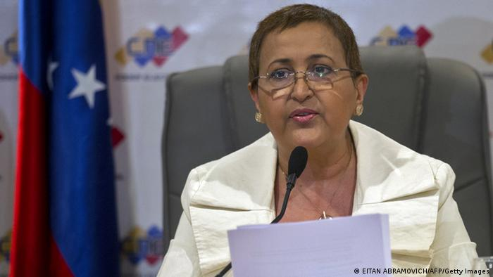 Tibisay Lucena, directora del CNE.