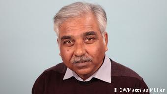 DW Bengali Arun Sankar Chowdhury