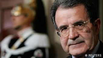 Ο ιταλός πρώην πρωθυπουργός Ρομάνο Πρόντι κατέθεσε τη δική του πρόταση για λύση στο πρόβλημα των κόκκινων δανείων