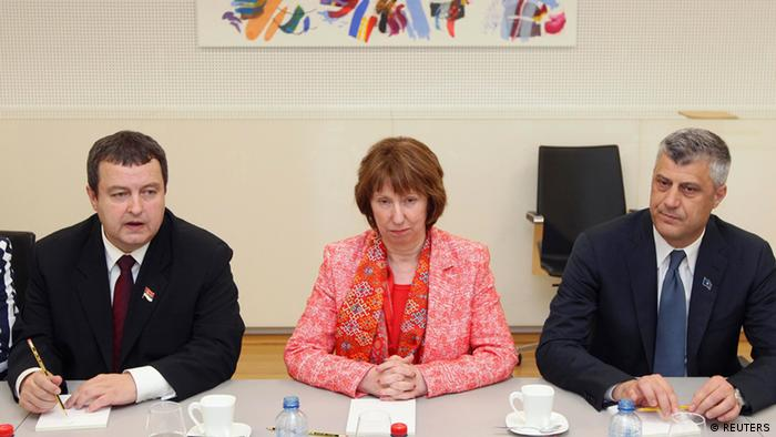 European Union foreign policy chief Catherine Ashton (C) poses with Serbia's Prime Minister Ivica Dacic (L) and Kosovo's Prime Minister Hashim Thaci, at NATO headquarters in Brussels April 19, 2013. (Photo: REUTERS/Yves Logghe)