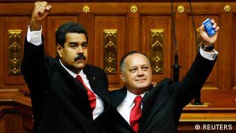 A la derecha, Diosdado Cabello durante la juramentación de Nicolás Maduro como presidente de Venezuela.