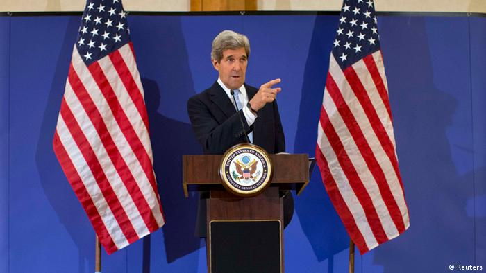U.S. Secretary of State John Kerry gestures during a news conference in Istanbul April 21, 2013. REUTERS/Evan Vucci/Pool (TURKEY - Tags: POLITICS)