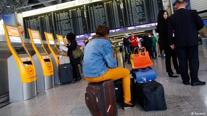 Lufthansa Streik Frankfurt 22.04.2013
