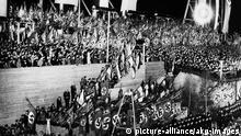 Massenkundgebung Tag der Arbeit 1933 Berlin Deutschland