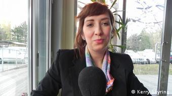 Andrea Zlatnanska talking to DW in Bratislava