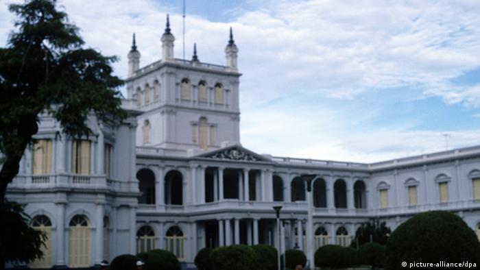 Foto de Palacio de Gobierno de Paraguay donde trabajó Oscar Denis