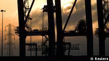 Symbolbild Großbritannien rutscht tiefer in Rezession