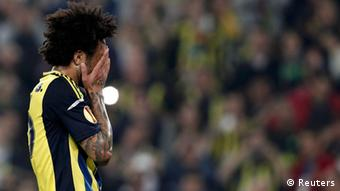 Fenerbahce's Cristian reacts after failing to score a penalty shot during his Europa League semi-final first leg soccer match against Benfica at Sukru Saracoglu stadium in Istanbul April 25, 2013. (Photo: REUTERS/Osman Orsal)