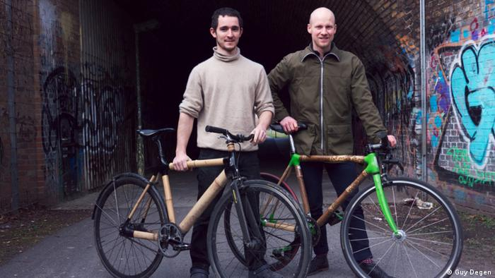 Ozon Cyclery designers Daniel Vogel-Essex (left) and Stefan Brüning (right) with their own bamboo bicycles (Photo: Guy Degen)