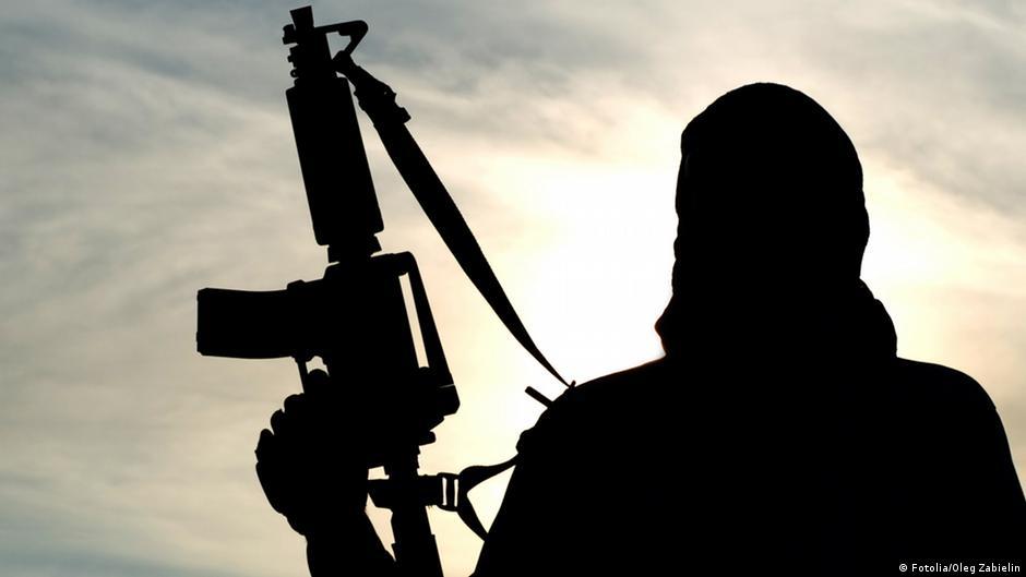 В Актобе пока ищут террористов и гадают о причинах нападения | Казахстан | DW | 06.06.2016