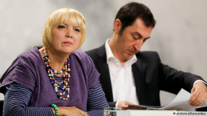 Bundesparteitag Bündnis 90/Die Grünen in Berlin Claudia Roth und Cem Özdemir 28.04.2013