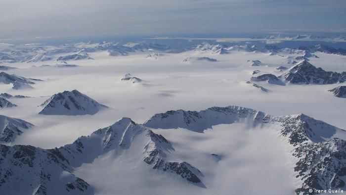 Вид Шпицберген с воздуха