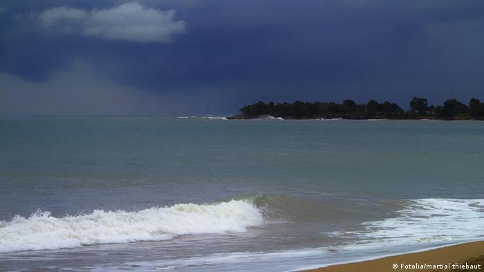 Strand in der Karibik vor einem Sturm (Fotolia/martial thiebaut)