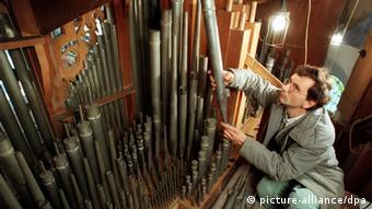 A Silbermann Organ Being Restored
