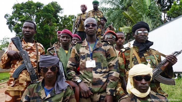 Rebellen in Bangui (DW/Simone Schlindwein)