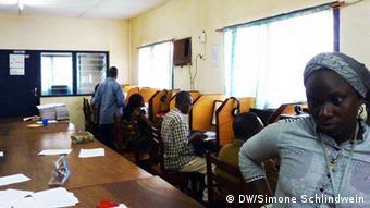 Newsroom of Ndele Luka Radiostation Photo: DW/Simone Schlindwein,Bangui