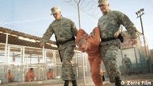 eine Filmszene aus «Fünf Jahre Leben». Das Drama über den ehemaligen Guantánamo-Häftling wurde am 23.01.2013 in Saarbrücken beim Max-Ophüls-Filmfestival uraufgeführt. Bundesweiter Kinostart ist am 23.05.2013. ACHTUNG: Nur zur redaktionellen Verwendung im Zusammenhang mit der Berichterstattung und mit vollständiger Nennung der Quelle
