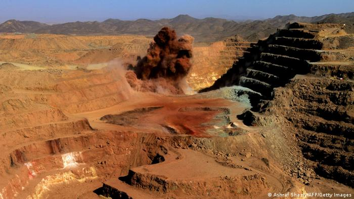 A general view shows the Ariab company gold mine in the Sudanese desert, 800 kms northeast of the capital Khartoum, on October 3, 2011. Sudan's Mining Minister Abdelbaqi al-Jaylani said Sudan will earn $4 billion from mine exports this year, helping to prop up its ailing economy after it lost most of its oil resources to the south. Ariab is Sudan's largest gold producer, owning the 25,000-square-kilometre Hassai concession that has been producing for 20 years but where production levels have fallen from five tonnes per year in 2003 to just 2.3 tonnes this year. AFP PHOTO/ASHRAF SHAZLY (Photo credit should read ASHRAF SHAZLY/AFP/Getty Images)