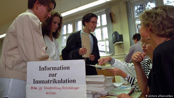 Immatrikluation Universität Student Einschreibung