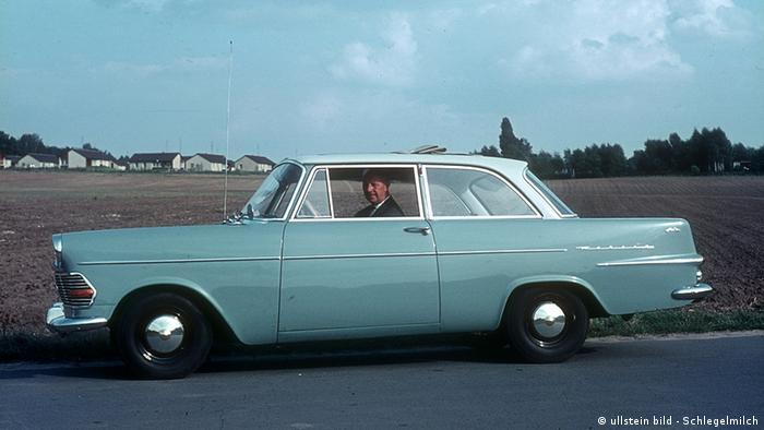 Модель Opel Rekord