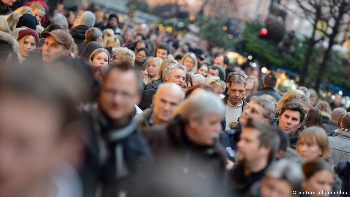 Вальдемар Айзенбраун: «…то, что случилось в новогоднюю ночь в Кельне, нашло живой отклик в обществе. И в этом случае, как полиция, так и официальные лица показали себя не с лучшей стороны»