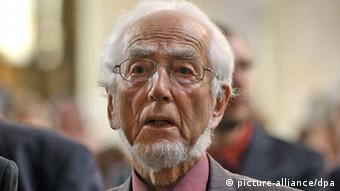 Ергард Епплер обіцяє знову вийти на протест
