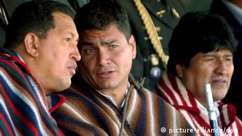 Hugo Chavez, Rafael Correa and Evo Morales pictured talking together (c) EPA/Miraflores