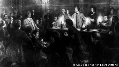 Secret debates by candlelight among Social Democrats in August 1869 Copyright: AdsD/ Friedrich Ebert Foundation
