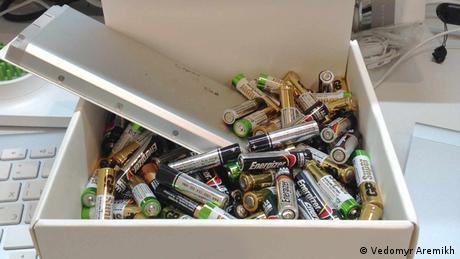 Як (не)утилізують батарейки в Україні (відео)